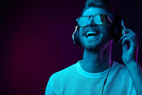 como escolher o melhor fone de ouvido
