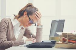 Como a infraestrutura de TI afeta a produtividade dos funcionários?
