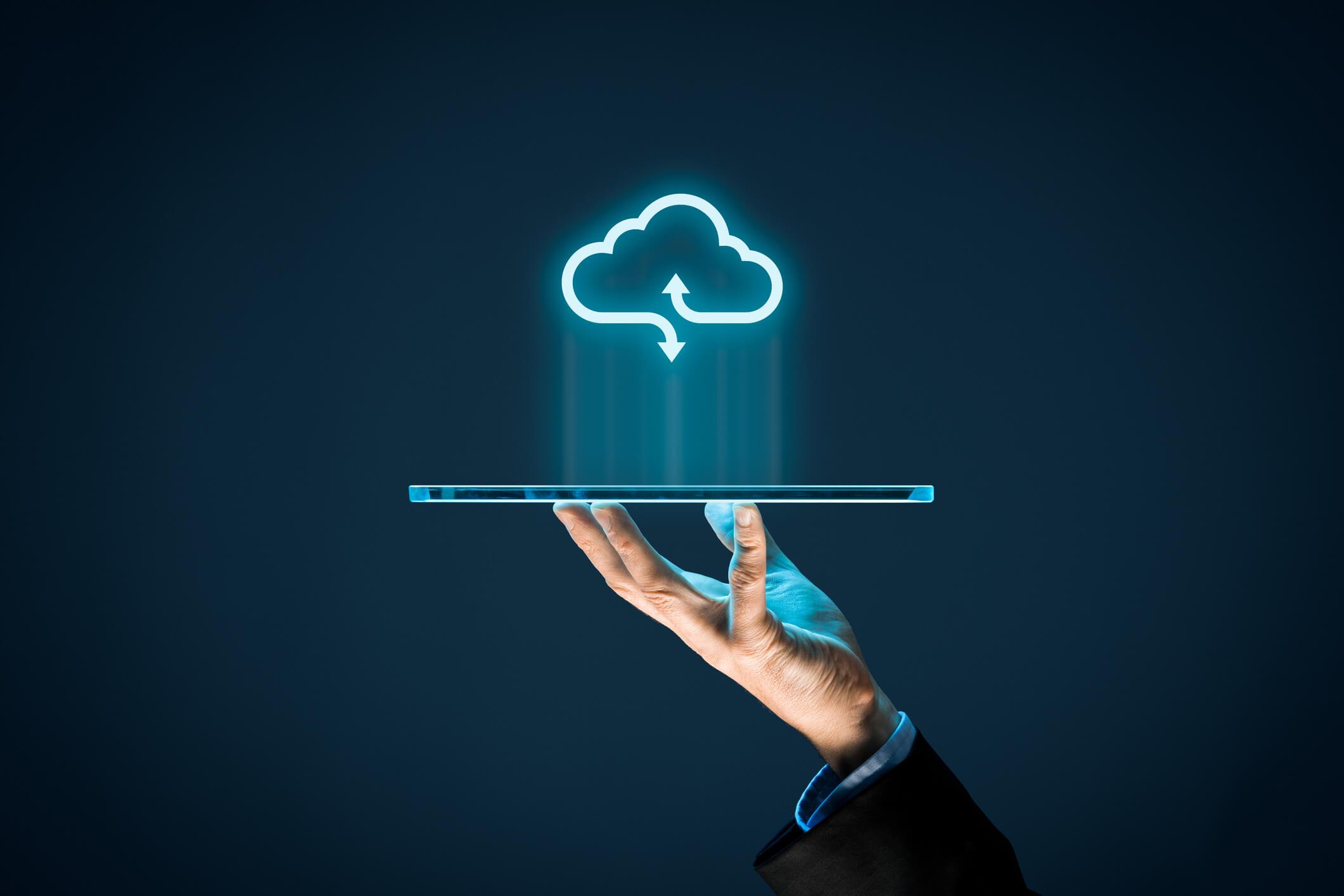 Nuvem híbrida: entenda como adotar a Cloud corporativa