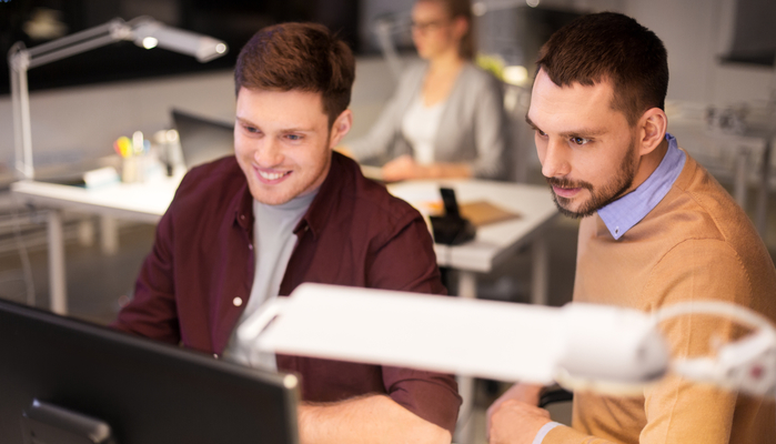 Por que você precisa regularizar as licenças de software da sua empresa já?