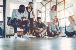 Geração Z: quem são e como recebê-los no mercado de trabalho?